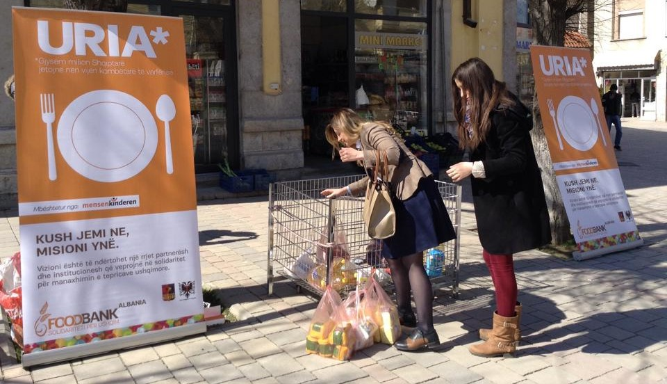 A foodbank opens in Korce